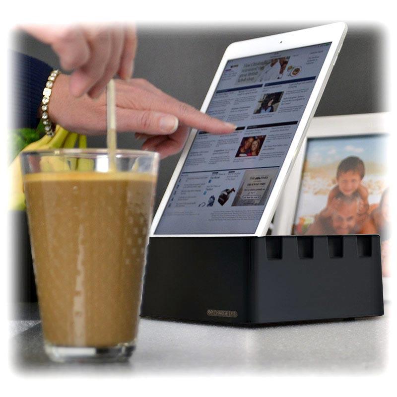 charge pit 6 port universal ladestation schwarz. Black Bedroom Furniture Sets. Home Design Ideas